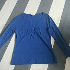 Michael Kors medium blue stretch 3/4 sleeve shirt Stretch material Keyhole front Size medium Worn once Excellent condition Michael Kors Tops Blouses