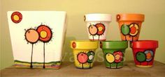 macetas pintadas a mano utilisima - Buscar con Google Painted Clay Pots, Painted Flower Pots, Hand Painted Ceramics, Tole Painting, Ceramic Painting, Clay Pot Crafts, Diy Crafts, Flower Pot Art, Mosaic Pots
