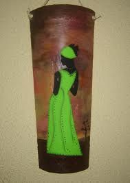 tejas decoradas - Buscar con Google African Women, African Art, Decoupage, Roof Tiles, Beauty Art, Cross Stitch Patterns, Diy And Crafts, Pastel, Canvas