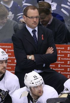 Dan Bylsma better have the Pittsburgh Penguins ready for the Playoffs, or his job may be in jeopardy.(Tom Szczerbowski-USA TODAY Sports)  http://thehockeywriters.com/penguins-regular-season-arrogance-weakens-their-playoff-odds/