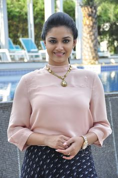 She is the daughter of producer Suresh Kumar and actress Menaka, who is from a conservative Tamil family in Chennai. Keerthy made her debut as a child actress in the early and returned to fill lead Beautiful Girl Photo, Beautiful Girl Indian, Most Beautiful Indian Actress, Beautiful Women, Beautiful Bollywood Actress, Beautiful Actresses, Beauty Full Girl, Beauty Women, Stylish Girl Images