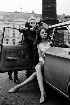 Catherine Deneuve et Françoise Dorléac ~ Paris, 1965.