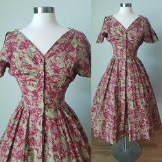 Summer Day Dresses, Vintage Summer Dresses, 50s Dresses, Cotton Dresses, Vintage Outfits, Summer Outfits, Vintage Fashion, Hourglass Dress, Resort Dresses