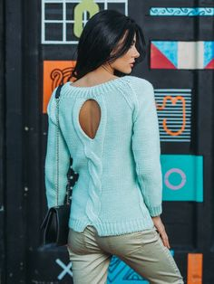 Sweaters & Vests – Blue Wolle Pullover stricken,open-back-Kabel Pullo – a unique product by Evgeniya-Pyshnicov28 on DaWanda