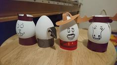 My day job is working at a museum. Recently I have been working with mountie uniforms which inspired these set of egg holders.They are super easy t