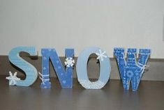 Let It SNOW Wooden Letters | AllFreeHolidayCrafts.com