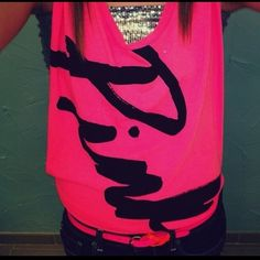 Super cute outfit - Pink - VS - Summer outfit for teens - love Pink - hot pink