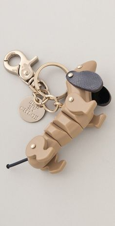 Dachsund Keychain - how cute is this!