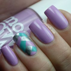Thrifty Thursday! With Revlon Colorstay Coastal Surf and Fun Nail Art | Pointless Cafe
