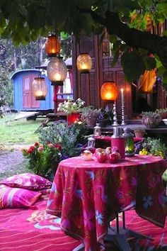 "Basically glamping. ""14 Bohemian style gardens Decoration"""
