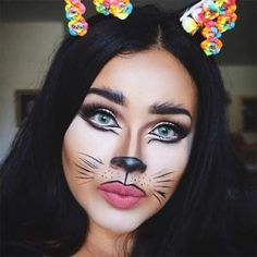 ▷ 1001 + Halloween make-up tips that are perfect for your healthy skin .- ▷ 1001 + Halloween Schminktipps, die für Ihre gesunde Haut sorgen halloween face make-up like a cat, nice face make-up, hang ears on the head - Fairy Halloween Makeup, Pretty Halloween, Easy Halloween, Costume Halloween, Black Cat Makeup, Cat Face Makeup, Makeup Clown, Weihnachten Make-up, Maquillage Halloween Simple