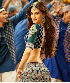 Image may contain: 2 people, people standing Most Beautiful Bollywood Actress, Indian Bollywood Actress, Bollywood Actress Hot Photos, Bollywood Celebrities, Indian Celebrities, Bollywood Dress, Bollywood Girls, Bollywood Fashion, Bollywood Stars