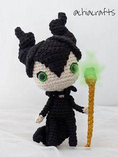 Ravelry: Maleficent Amigurumi pattern by Chiara Cremon Halloween Crochet Patterns, Crochet Doll Pattern, Crochet Patterns Amigurumi, Amigurumi Doll, Crochet Dolls, Cute Crochet, Easy Crochet, Crochet Baby, Knit Crochet