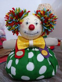 Clown Crafts, Doll Crafts, Sewing Toys, Sewing Crafts, Sewing Projects, Fabric Animals, Fabric Birds, Pinterest Diy Crafts, Diy And Crafts