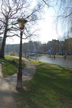 Sunday morning in a park.  Amsterdam, 2014-03-02