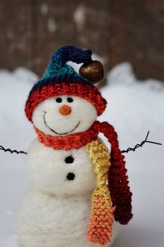 Snowmen Solid wool needle felted Snowman 591 by BearCreekDesign