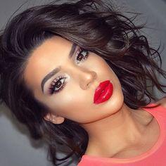 aprecieri, 395 comentarii – NYX Professional Makeup (NYX Professional Make Mentions J'aime 395 Commentaires NYX Professional Make Up Make Makeup, Pretty Makeup, Makeup Tips, Makeup Looks, Makeup Ideas, Beauty Make Up, Hair Beauty, Red Lipstick Makeup, Glitter Makeup