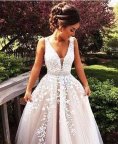 A Line Wedding Dresses, Princess Prom Dresses, Lace Prom Gown - mode - Vestidos Lace Prom Gown, V Neck Wedding Dress, Ball Gowns Prom, Long Wedding Dresses, Prom Party Dresses, Evening Dresses, Dress Lace, Tulle Lace, Tulle Wedding