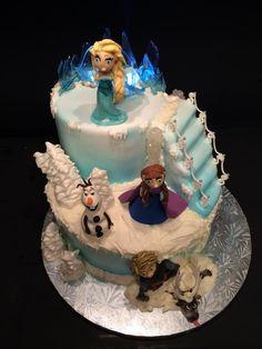 Frozen cake figure modeling isomalt sugar drop string  Olaf Sven Elsa Ana Kristoff lighted