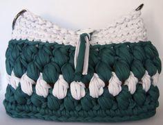 Green and white crochet bag. T shirt yarn bag by LasCositasdeLidia