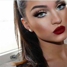 35 Trendy Makeup Party Night Red Lips Make Up Red Lip Makeup, Prom Makeup, Skin Makeup, Bridal Makeup, Dress Makeup, Sexy Wedding Makeup, White Makeup, Bridesmaid Makeup, Eyeliner Makeup