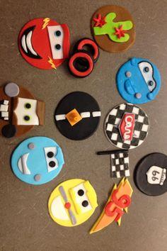 Cake fondant car cupcake toppers new Ideas Disney Cars Cupcakes, Disney Cars Party, Kid Cupcakes, Car Party, Car Cake Toppers, Fondant Cupcake Toppers, Cupcake Cakes, Cake Fondant, Gateau Flash Mcqueen