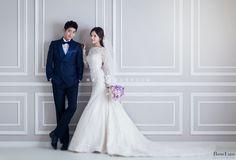 clean and simple pre wedding studio in Korea