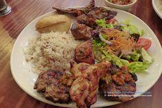 """""""Grand Bazaar Special kebab"""" ... una vasta selezione di kebabs accompagnati da riso in bianco, alcune fettine di patate al forno e insalata. #Londra #London #GrandBazaar #cucinaturca #TurkishCuisine #OxfordCircus #JamesStreet #kebab #carne Piatto abbondante, con vari tipi di carne, dai sapori variegati e ... da leccarsi le dita. L'ennesima conferma di quanto sia, secondo il mio modesto parere e palato, ineguagliabile la cucina turca quanto si tratta di preparare piatti di carne."""