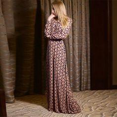 Vestido Longo Geométrico Elegante