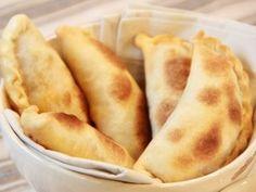 Empanadas de carne / Receta: Dolli Irigoyen - Empanadas de carne