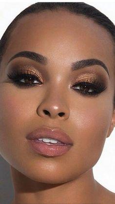 Black natural day look makeup beauty in 2019 Dark skin makeup eye makeup black girl - Eye Makeup Dark Skin Makeup, Nude Makeup, Hair Makeup, Makeup Eyeshadow, Nude Lip, Neutral Lipstick, Lipstick Colors, Baddie Makeup, Eyeshadow Ideas