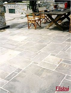 Concrete Patios, Concrete Patio Designs, Garden Paving, Garden Landscaping, Summer House Garden, Home And Garden, Terrace Floor, Home Hacks, Garden Inspiration