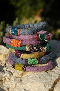 my knit / felted bracelets + friend& beading . Fiber Art Jewelry, Mixed Media Jewelry, Textile Jewelry, Fabric Jewelry, Jewelry Art, Beaded Jewelry, Handmade Jewelry, Jewelry Design, Beaded Bracelets