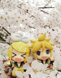 Crunchyroll - Good Smile Company Welcomes May with a Figure Cherry Blossom Viewing