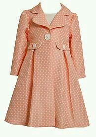 Little Girl Coat! // Would make a gorgeous rain coat Toddler Dress, Baby Dress, Baby Girl Fashion, Kids Fashion, Trendy Fashion, Fashion Shops, Fashion Styles, Fashion Dresses, Ankara Mode