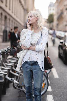 #AnabelaBelikova looking fab #offduty in Paris.