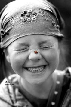 Beautiful smile and sweet ladybug. Happy Smile, Smile Face, Your Smile, Make You Smile, Happy Faces, Smiling Faces, I'm Happy, Beautiful Smile, Beautiful Children