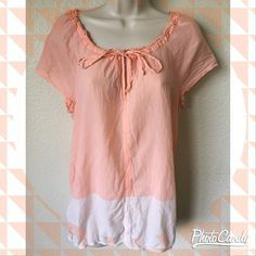 Cute & casual Ann Taylor LOFT top Cute orange and peach color block top by Ann Taylor Loft! Lightweight and loose-fit, size small.. 100% cotton Ann Taylor Tops Tunics