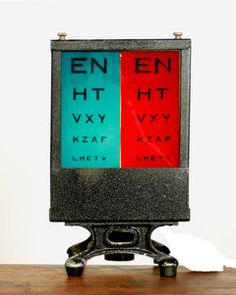 Vintage 1940s Optician's Lighted Electric Eye Chart thumbnail 2