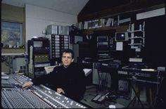 Google Image Result for http://static.ddmcdn.com/gif/essential-home-recording-studio-1.jpg