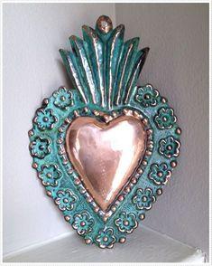 Mexican Home Decor, Mexican Folk Art, Frida Art, Metal Embossing, Heart Decorations, Metal Crafts, Heart Art, Cold Porcelain, Sacred Heart