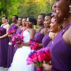 Munaluchi Bride - Everything about this photo is divine! Repost from. Bridesmaids And Groomsmen, Wedding Bridesmaids, Wedding Dresses, Wedding Prep, Dream Wedding, Wedding Group Photos, Fuschia Wedding, Discount Bridesmaid Dresses, Wedding Dance Songs
