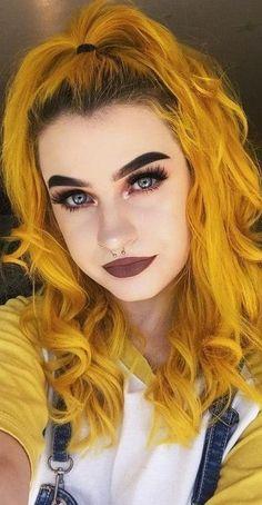 Brown Makeup, Colorful Hair, Halloween Face Makeup, Hair Color, Beautiful Women, Haircolor, Colored Hair, Beauty Women, Hair Dye