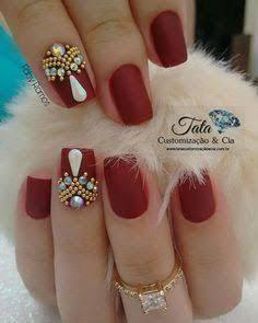 Top 150 Rhinestones nail and Swarovski nail crystals 2018 Swarovski Nail Crystals, Crystal Nails, Diy Nails, Cute Nails, Pretty Nails, Bridal Nail Art, Nail Jewels, Rhinestone Nails, Beautiful Nail Art