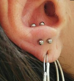 Thin minimalist No Piercing SET of 2 Ear Cuffs in Gold, Silver or Rose Gold - Custom Jewelry Ideas Tragus Piercings, Double Ear Piercings, Piercing Tattoo, Unique Body Piercings, Lower Lip Piercing, Swarovski, Beaded Rings, Heart Jewelry, Diamond Jewelry