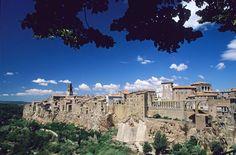 Pitigliano, bellezza di pietra. http://www.justintoscana.com/localita/pitigliano