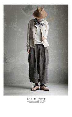 BerryStyle: Joie de Vivre belgarinenwasher herringbone Ed Ward pants - Purchase now to accumulate reedemable points! Japan Fashion, Boho Fashion, Womens Fashion, Fashion Design, Boho Outfits, Casual Outfits, Fashion Outfits, Kinds Of Clothes, Clothes For Women