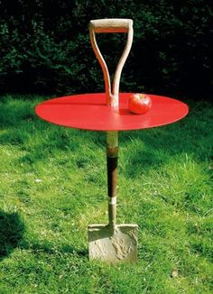 Have some old garden tools of no use? No, don't throw them! Here're some of the best Repurposed Garden Tools Ideas to look at. Have some old garden tools of no use? No, don't throw them! Here're some of the best Repurposed Garden Tools Ideas to look at. Old Garden Tools, Garden Junk, Home And Garden, Gardening Tools, Gardening Vegetables, Gardening Hacks, Gardening Supplies, Garden Crafts, Garden Projects