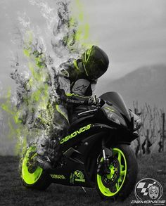 Photo shared by Dé Specialist in motorkleding on December 2017 tagging Image may contain: outdoor Yamaha Bikes, Yamaha R6, Kawasaki Motorcycles, Cool Motorcycles, Triumph Motorcycles, Gp Moto, Moto Bike, Futuristic Motorcycle, Motorcycle Bike
