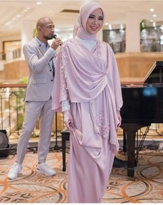 Hijab Gown, Kebaya Hijab, Hijab Dress Party, Hijab Style Dress, Kebaya Dress, Kebaya Muslim, Muslim Dress, Abaya Fashion, Women's Fashion Dresses